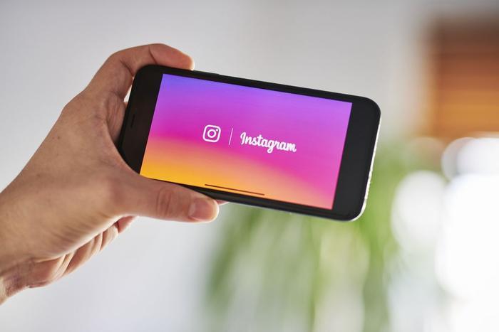 Facebook bị kiện vì tự tiện sử dụng camera iPhone nhòm ngó người dùng Instagram Ảnh 1