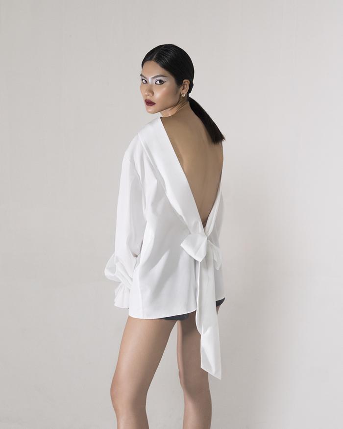 Rác thải 'hồi sinh' trong BST của NTK Trần Hùng tại London Fashion Week 2021 Ảnh 33
