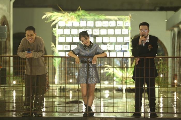 Lộn Xộn xúc động trong ngày kỷ niệm 4 năm thành lập nhóm: Nghẹn ngào sân khấu trong mưa Ảnh 3