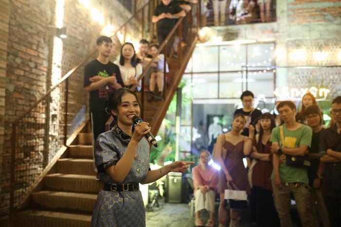 Lộn Xộn xúc động trong ngày kỷ niệm 4 năm thành lập nhóm: Nghẹn ngào sân khấu trong mưa Ảnh 19