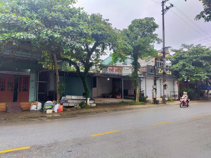Nguyên phó Ban tổ chức huyện Bắc Quang treo cổ tử tử tại nhà riêng Ảnh 1