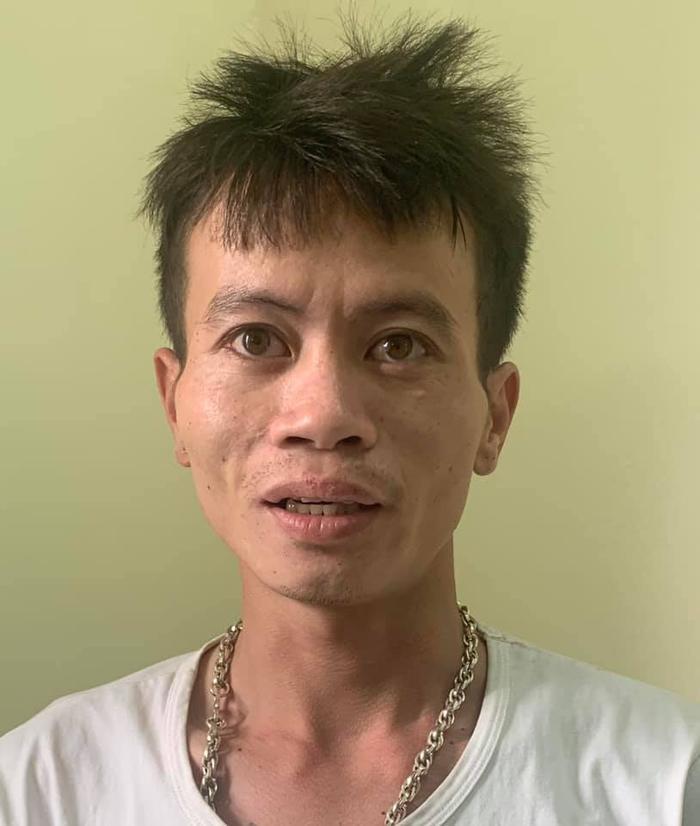 Khởi tố, bắt tạm giam 2 đối tượng cướp giật điện thoại iphone 11 của người đi đường ngay giữa ban ngày ở Hà Nội Ảnh 1
