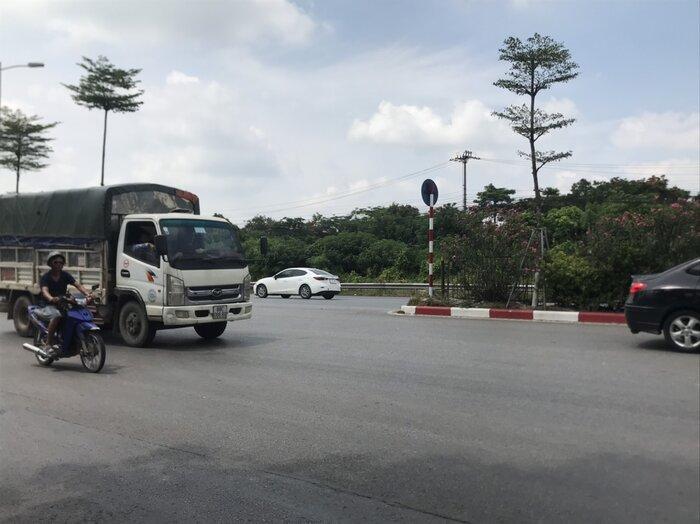 Khởi tố, bắt tạm giam 2 đối tượng cướp giật điện thoại iphone 11 của người đi đường ngay giữa ban ngày ở Hà Nội Ảnh 4