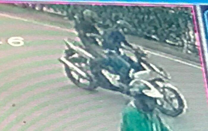Khởi tố, bắt tạm giam 2 đối tượng cướp giật điện thoại iphone 11 của người đi đường ngay giữa ban ngày ở Hà Nội Ảnh 3