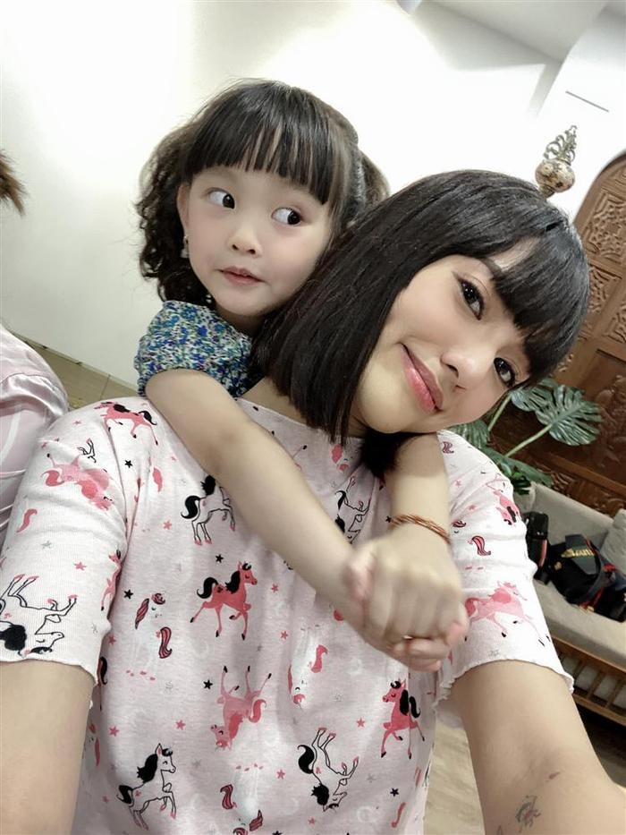 Hồng Quế liệt kê hàng loạt chi phí nuôi con gái lên đến... vài chục triệu đồng mỗi tháng Ảnh 1