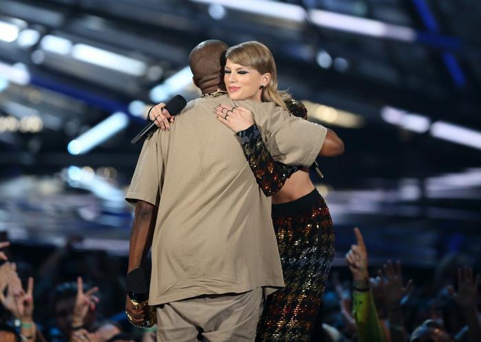 Kanye West tuyên bố sẽ đòi lại công bằng cho Taylor Swift Ảnh 8