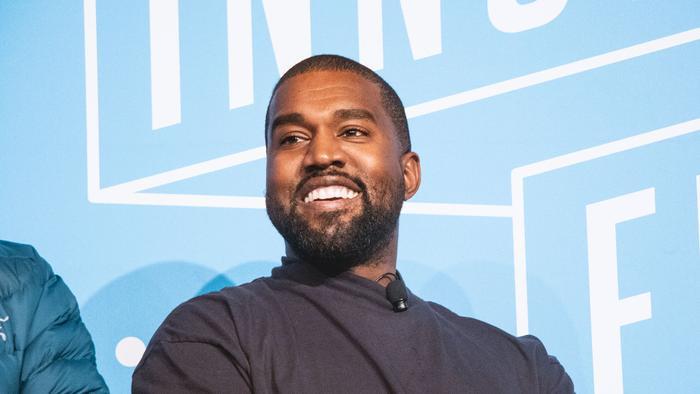 Kanye West tuyên bố sẽ đòi lại công bằng cho Taylor Swift Ảnh 7