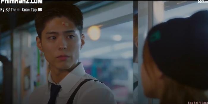 Ký sự thanh xuân tập 6: Park Bo Gum bất ngờ tỏ tình với Park So Dam và họ có nụ hôn đầu lãng mạn Ảnh 3