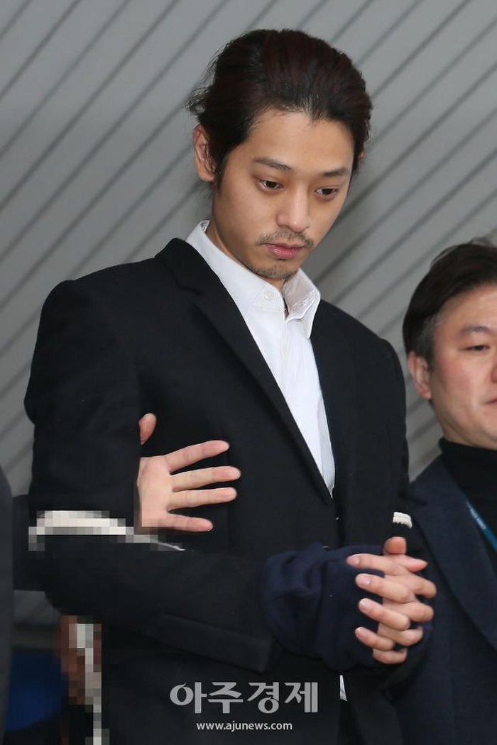 Jung Joon Young - Choi Jong Hoon nhận bản án tù cuối cùng vì tội hiếp dâm tập thể Ảnh 6
