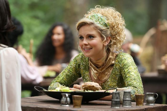'Peter Pan and Wendy' live-action: Sau nàng tiên cá, Disney 'lại nhuộm da' cho Tinkerbell Ảnh 5