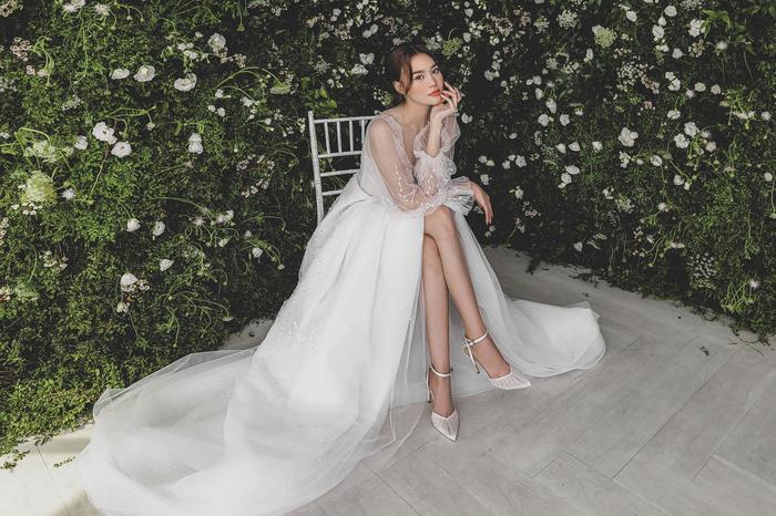 Ninh Dương Lan Ngọc diện váy cô dâu đẹp ngỡ ngàng, khoe visual đỉnh khiến dân tình tròn mắt Ảnh 11