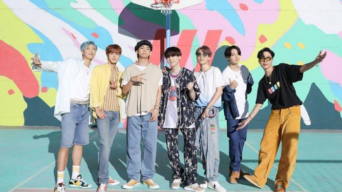 BXH thương hiệu ca sĩ kpop tháng 9/2020: BlackPink tụt hạng, BTS khôi phục vị trí quán quân