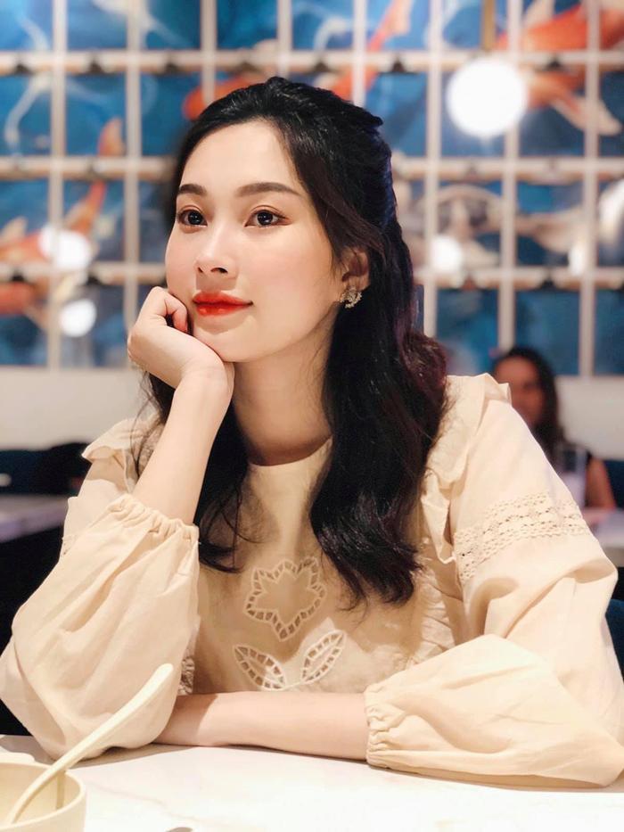 Khoe ảnh đi ăn cưới, Hoa hậu Đặng Thu Thảo khiến fan phải nức nở vì quá đẹp Ảnh 7