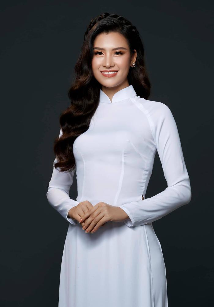 HOT: Lộ diện đại diện Việt Nam tại Miss Earth thi Online, từng 'đụng độ' H'Hen Niê - Hoàng Thùy Ảnh 7
