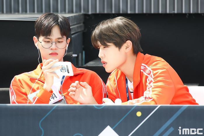 Đại hội thể thao idol 2020: Wanna One hội tụ đông vui, 'Quán quân' Kim Yo Han (X1) thì sao? Ảnh 35
