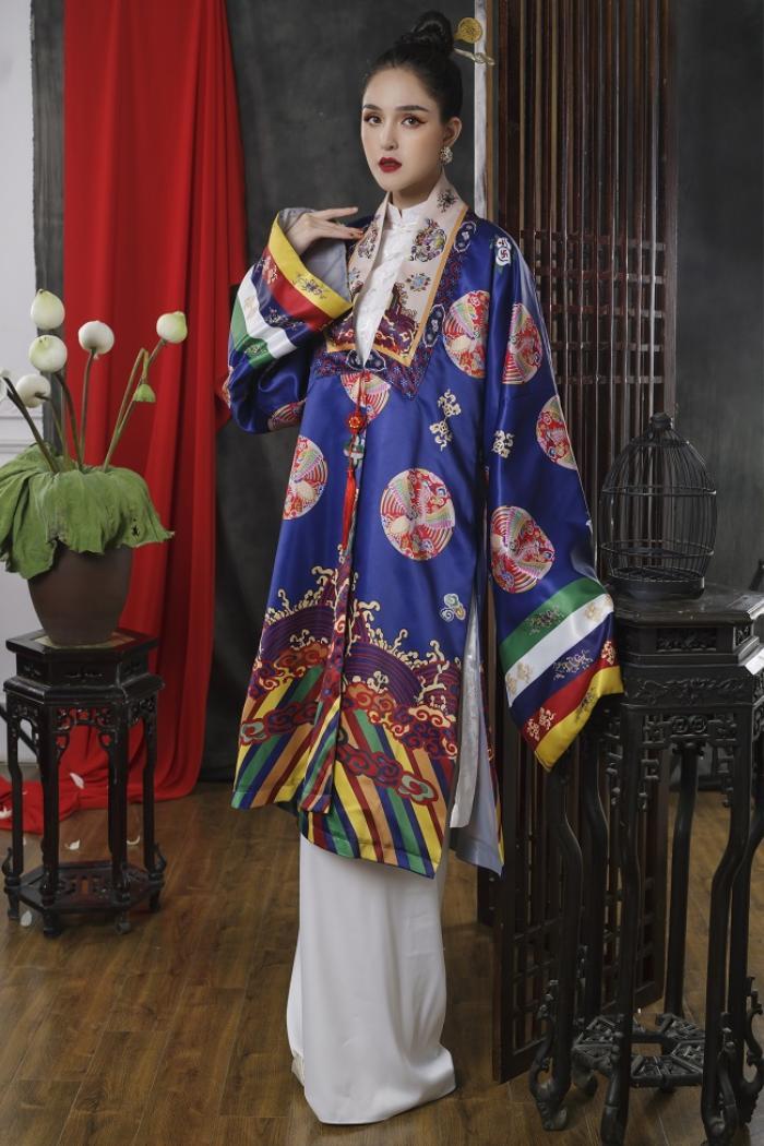 Á hậu Hoàng Anh đẹp kiêu sa đài các trong thiết kế cổ phục Việt Ảnh 7