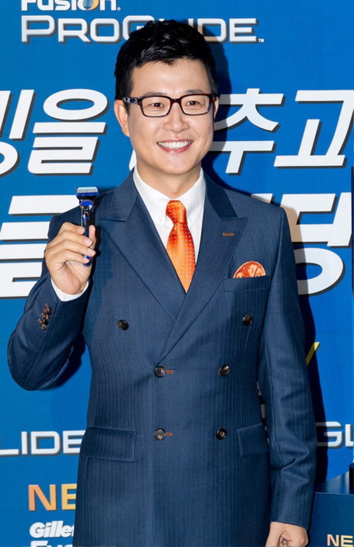 Người thắng giải 'Thương hiệu của năm 2020': BTS, Seo Ye Ji, Kang Daniel được gọi tên! Ảnh 35
