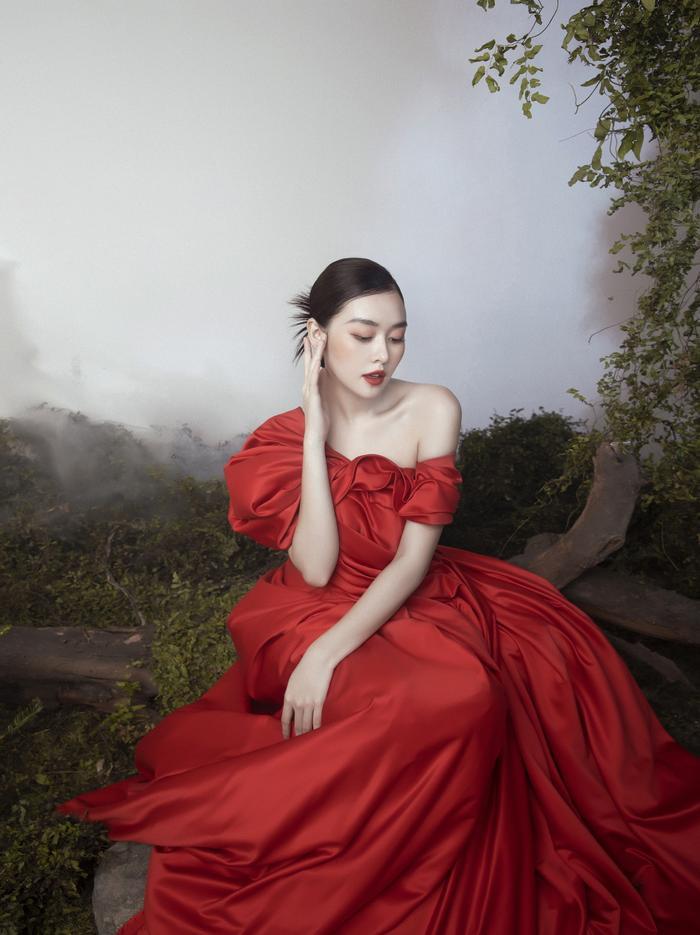 'Chị Nguyệt' phiên bản 2k – Á hậu Tường San đẹp mặn mà trong bộ ảnh mùa Trung thu Ảnh 10