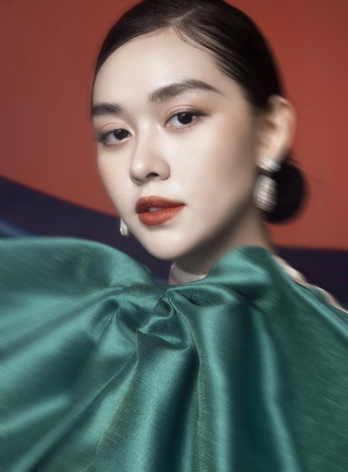 'Chị Nguyệt' phiên bản 2k – Á hậu Tường San đẹp mặn mà trong bộ ảnh mùa Trung thu Ảnh 17