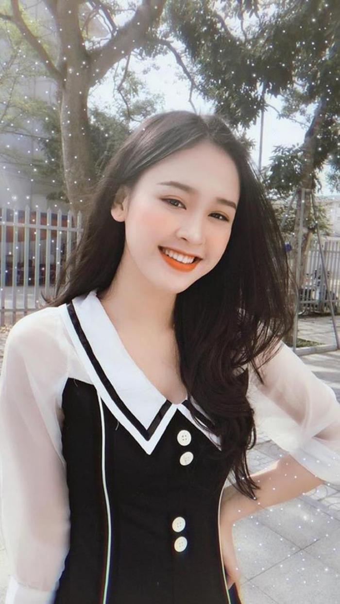 Nữ sinh Đại học Vinh sở hữu nụ cười tỏa nắng vạn người mê - Báo VTC News