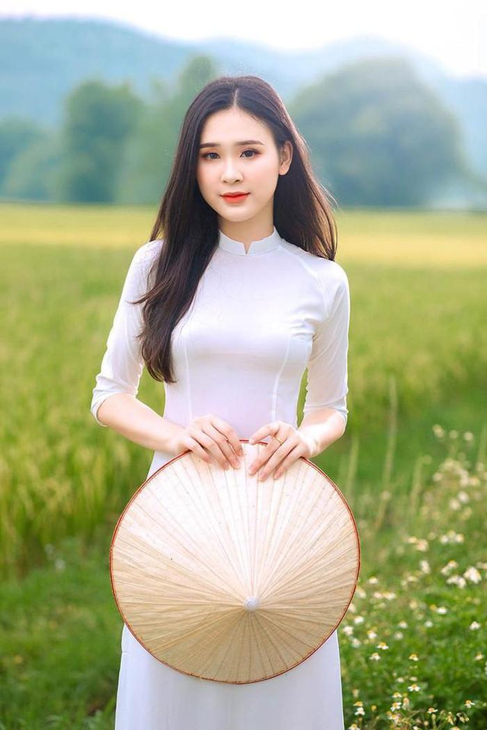Mê mẩn nhan sắc 5 người đẹp được đặc cách vào thẳng Top 60 vòng Bán kết Hoa hậu Việt Nam Ảnh 13