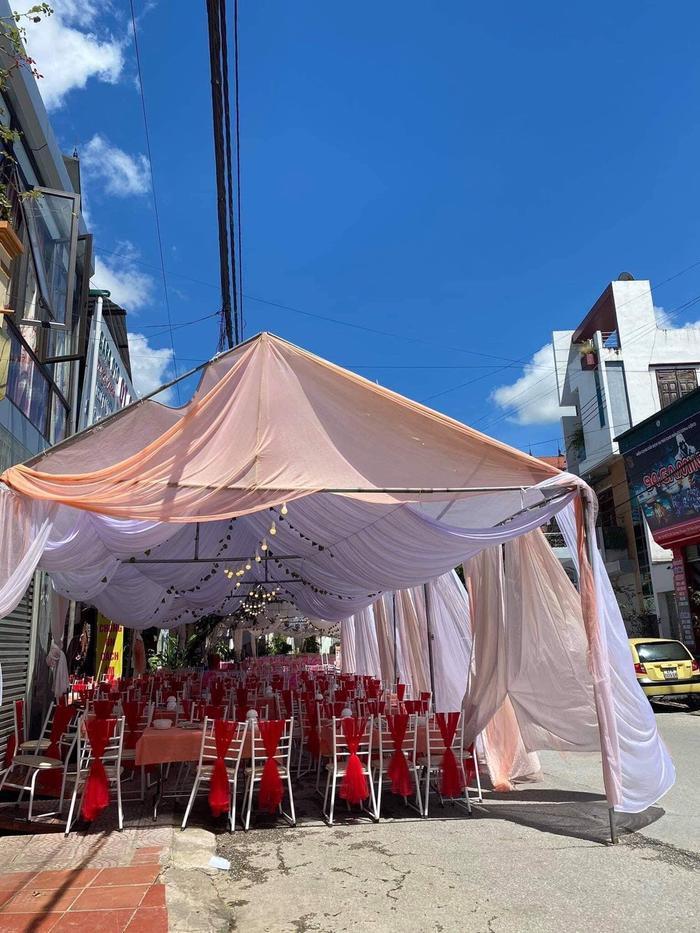 Công an vào cuộc vụ chủ nhà hàng tiệc cưới ở Điện Biên bị khách 'bom' 150 mâm cỗ: Đã xác định được người liên quan Ảnh 3
