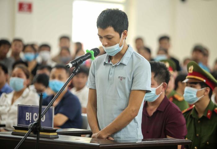 Chủ quán nướng Hiền Thiện bắt khách quỳ xin lỗi bị tuyên phạt 12 tháng tù giam: 'Tôi xin lỗi chị Hiền, cộng đồng mạng cả nước' Ảnh 3