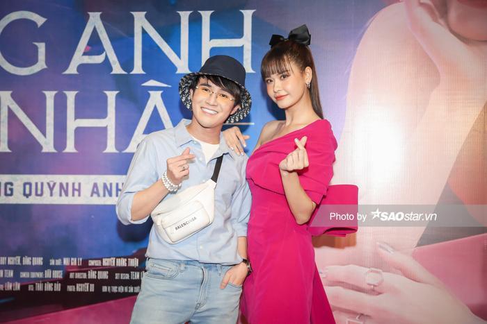 Trường Giang, Tiến Luật và dàn sao hùng hậu đội mưa đến chúc mừng Trương Quỳnh Anh ra mắt MV Ảnh 11