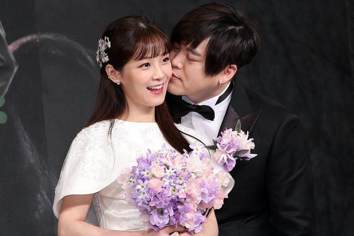 Kết hôn và ly hôn ảnh hưởng lớn đến sự nghiệp sao Hàn: 'Người lên voi, kẻ xuống chó'! Ảnh 8