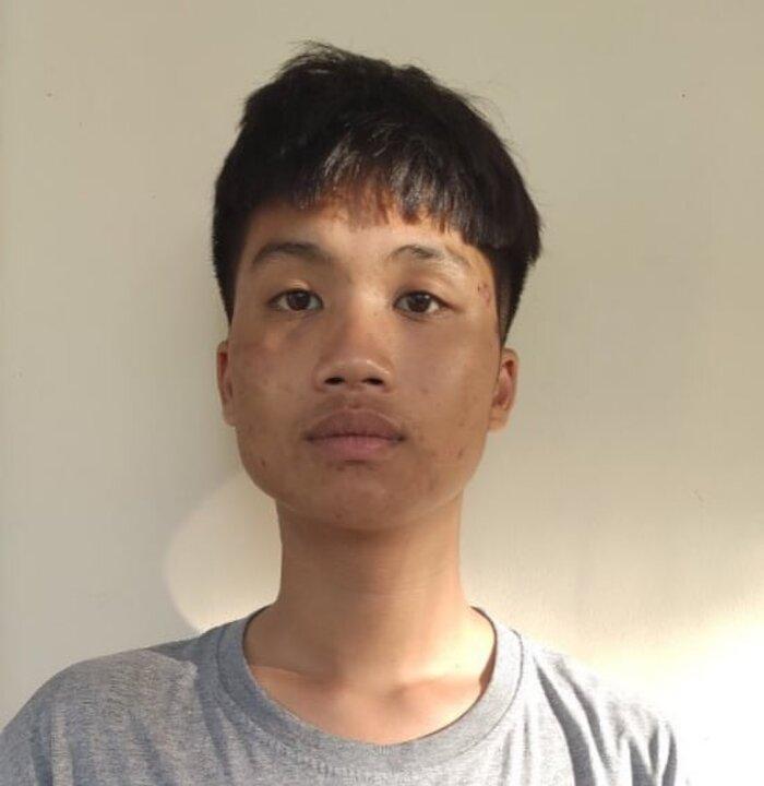 Khởi tố, bắt tạm giam thanh niên vung tuýp đập vỡ xe sau va chạm giao thông Ảnh 1