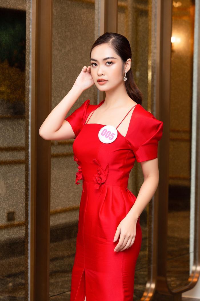 Chiêm ngưỡng nhan sắc Top 60 người đẹp tranh vương miện Hoa Hậu Việt Nam 2020 Ảnh 4