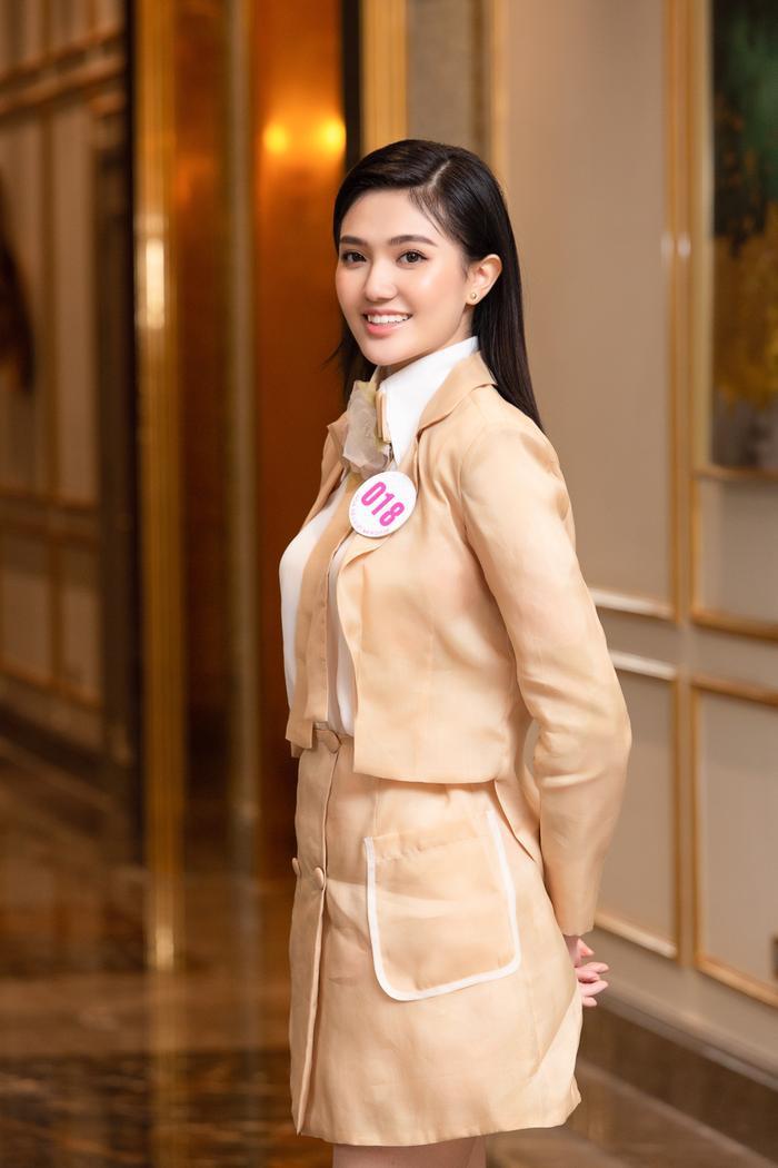 Chiêm ngưỡng nhan sắc Top 60 người đẹp tranh vương miện Hoa Hậu Việt Nam 2020 Ảnh 9