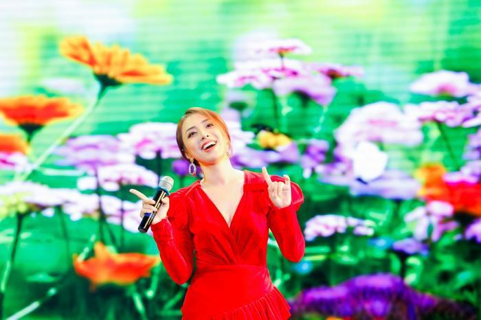 Ấm lòng đêm nhạc gây quỹ từ thiện: Loạt nghệ sĩ sẵn sàng hát miễn phí để lan rộng yêu thương Ảnh 12
