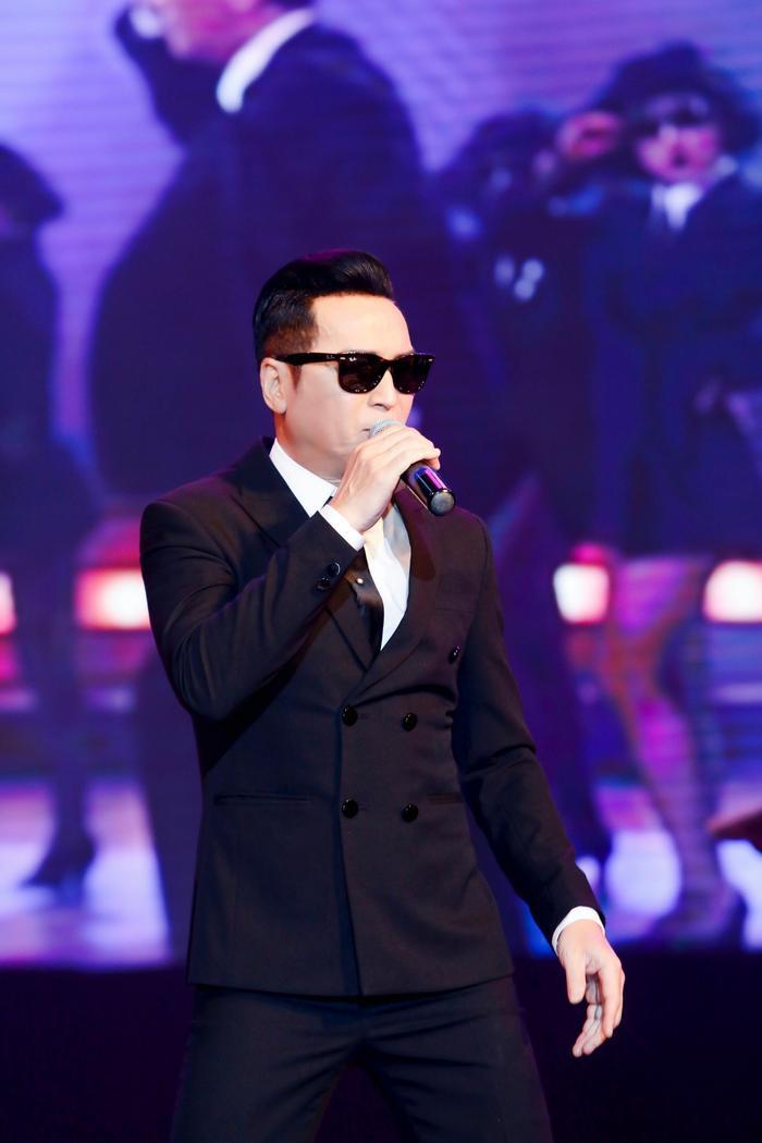Ấm lòng đêm nhạc gây quỹ từ thiện: Loạt nghệ sĩ sẵn sàng hát miễn phí để lan rộng yêu thương Ảnh 4