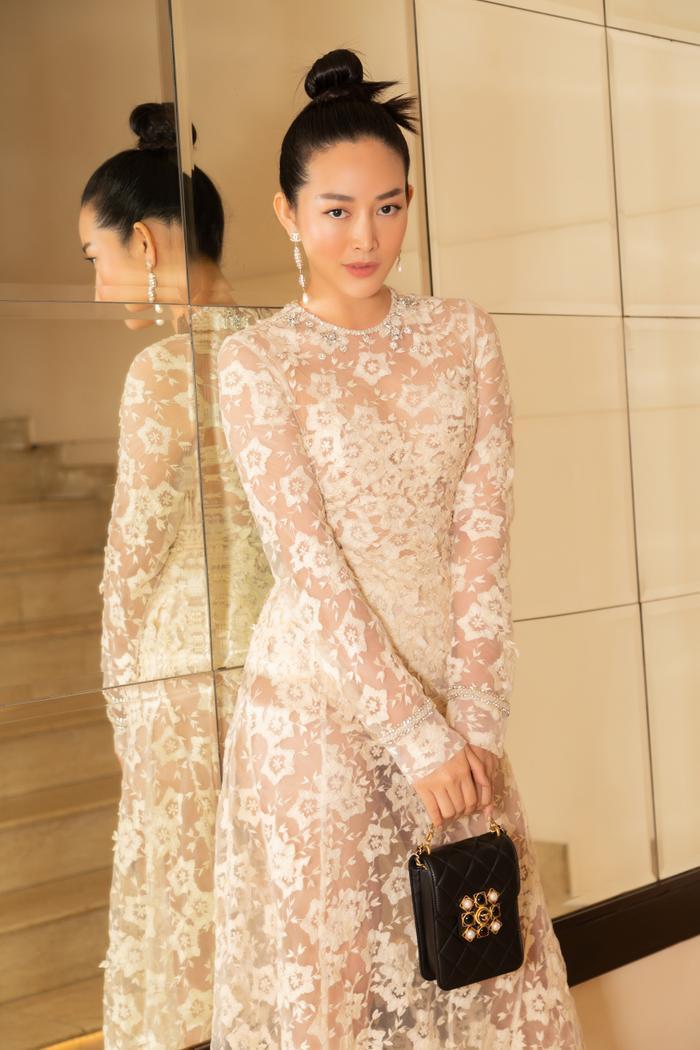 Hoa hậu Tiểu Vy, Lương Thùy Linh 'bùng nổ' nhan sắc, chiếm lĩnh bảng đầu sao đẹp Ảnh 12