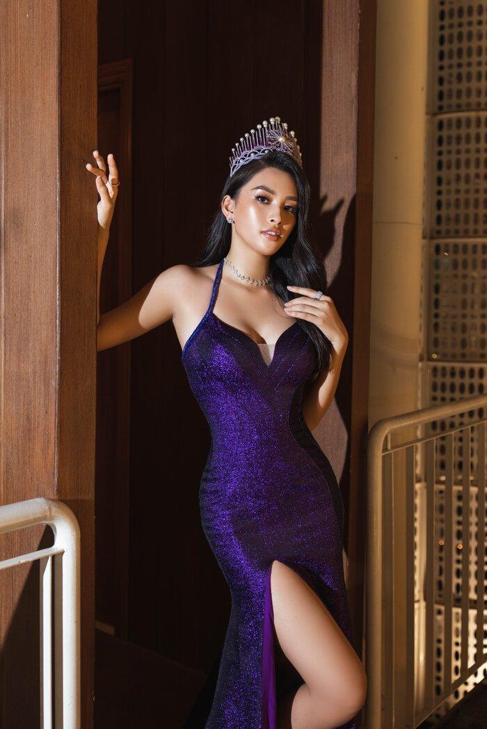 Hoa hậu Tiểu Vy, Lương Thùy Linh 'bùng nổ' nhan sắc, chiếm lĩnh bảng đầu sao đẹp Ảnh 1