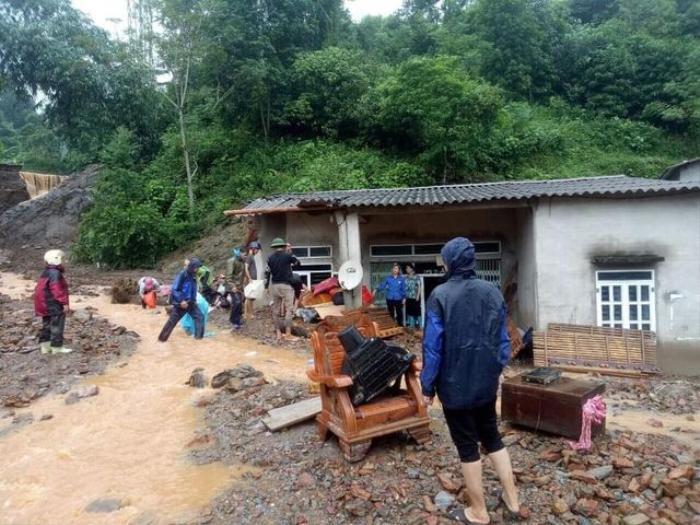 Hoàn cảnh thương tâm của gia đình bé gái 3 tuổi bị nước lũ cuốn tử vong, nhà cửa bị 'xoá sổ' Ảnh 1