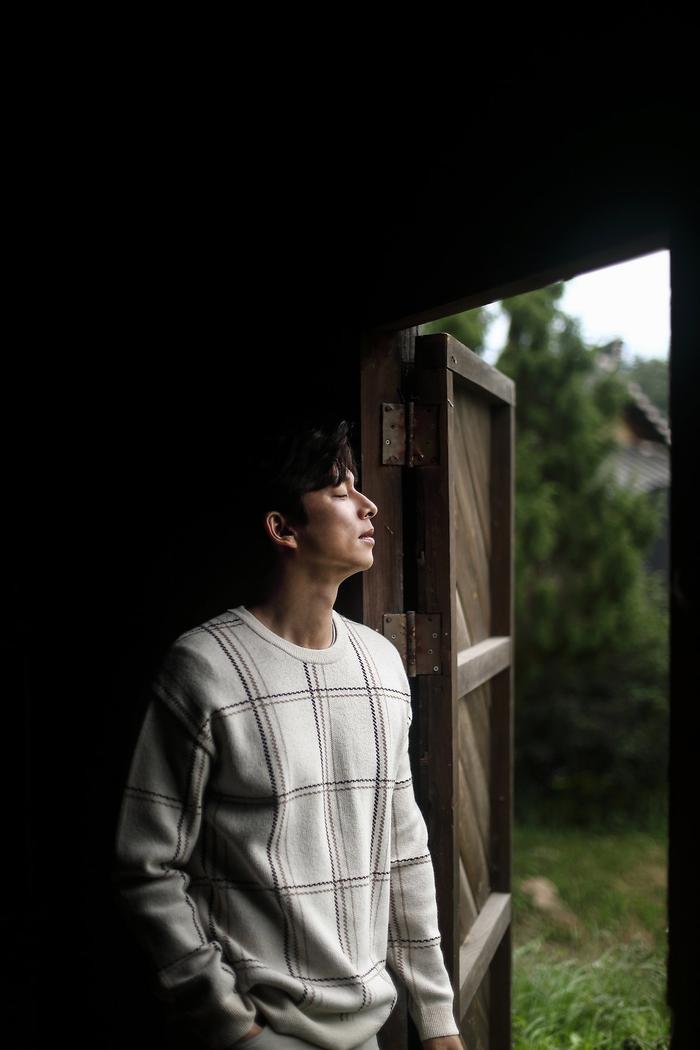 Gong Yoo an nhàn nhưng cô độc ở tuổi 41: Lẻ loi suốt đời như lời tiên tri Song Hye Kyo - Song Joong Ki ly hôn? Ảnh 5