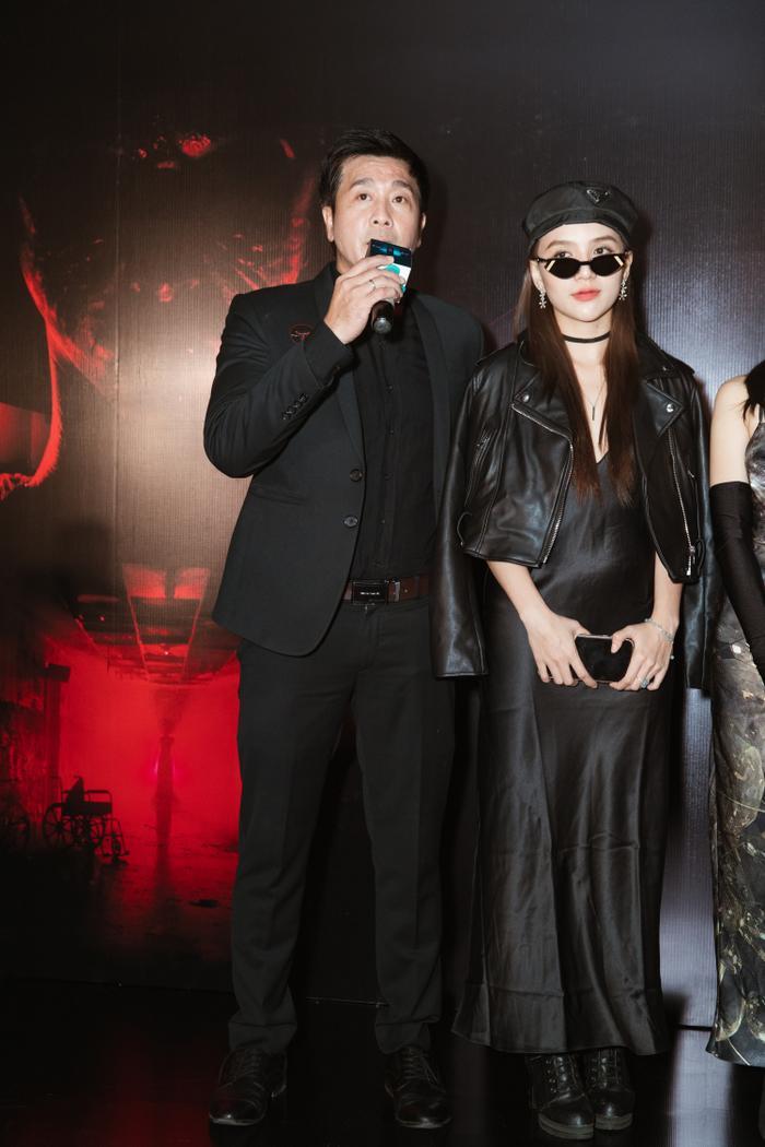 Chỉ hát OST, Han Sara vẫn 'chặt đẹp' thảm đỏ họp báo phim 'Thang máy' Ảnh 14