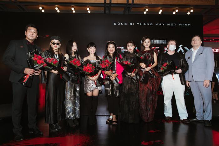 Chỉ hát OST, Han Sara vẫn 'chặt đẹp' thảm đỏ họp báo phim 'Thang máy' Ảnh 1