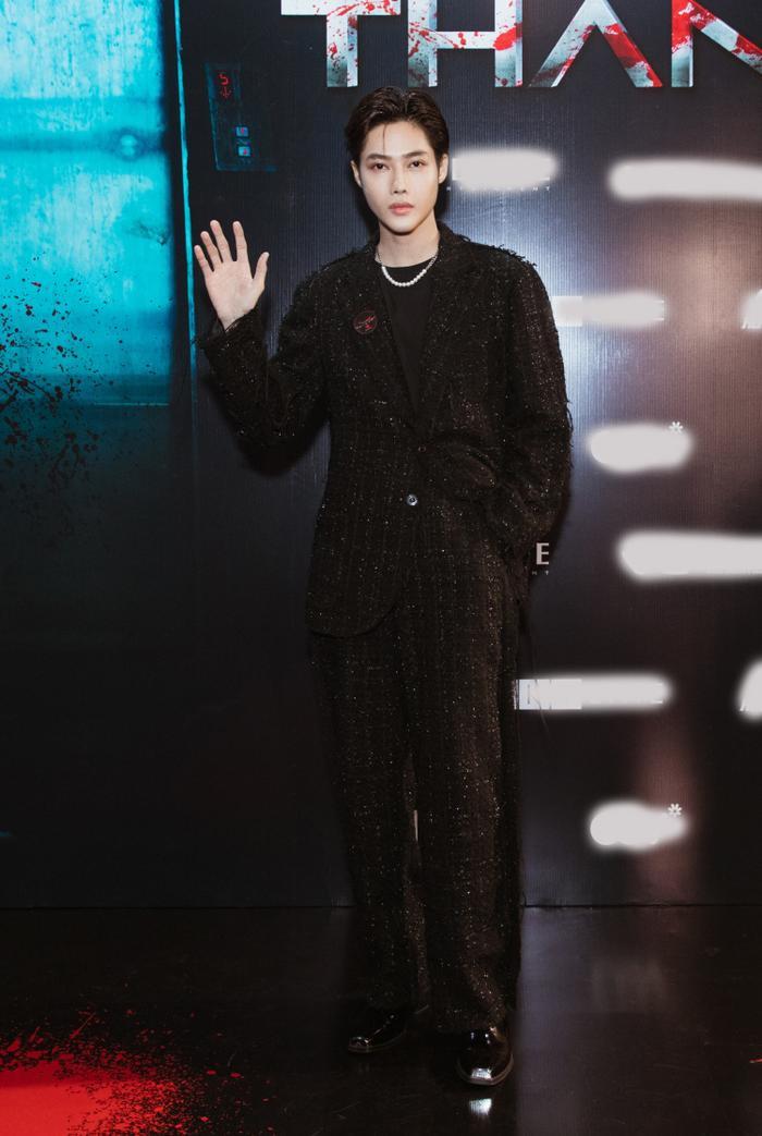 Chỉ hát OST, Han Sara vẫn 'chặt đẹp' thảm đỏ họp báo phim 'Thang máy' Ảnh 5