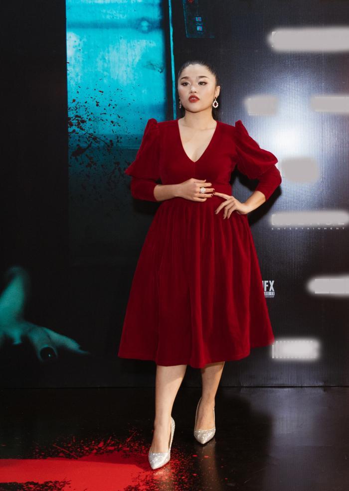 Chỉ hát OST, Han Sara vẫn 'chặt đẹp' thảm đỏ họp báo phim 'Thang máy' Ảnh 6