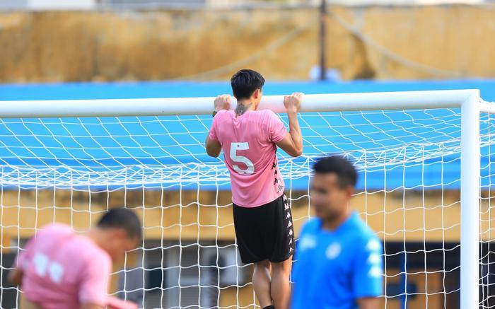 Hà Nội FC giấu tình hình chấn thương của Văn Hậu, Đình Trọng? Ảnh 2