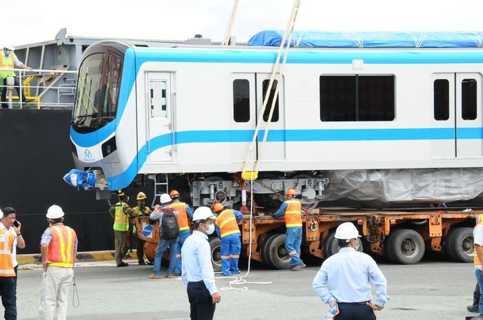 Hình ảnh đầu tiên của đoàn tàu Metro Bến Thành - Suối Tiên vừa có mặt ở Sài Gòn Ảnh 1