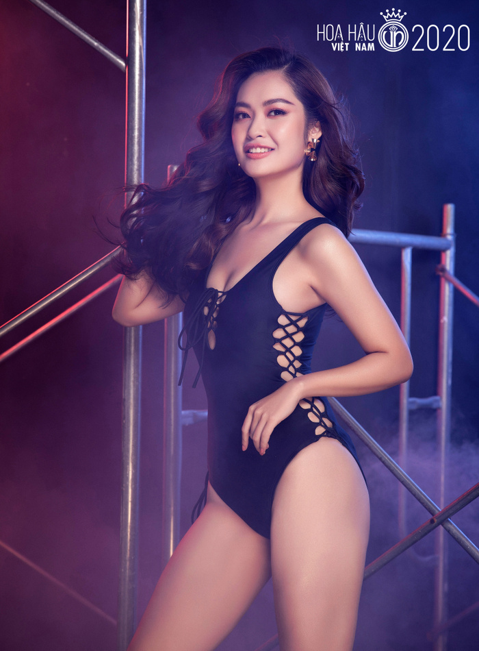 Top 60 Hoa hậu Việt Nam 2020 quyến rũ 'hút mắt' fan trong bộ ảnh bikini Ảnh 5