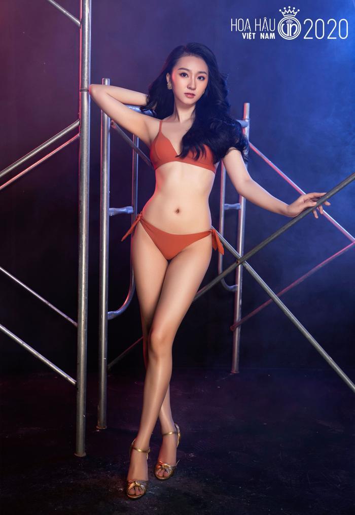 Top 60 Hoa hậu Việt Nam 2020 quyến rũ 'hút mắt' fan trong bộ ảnh bikini Ảnh 14