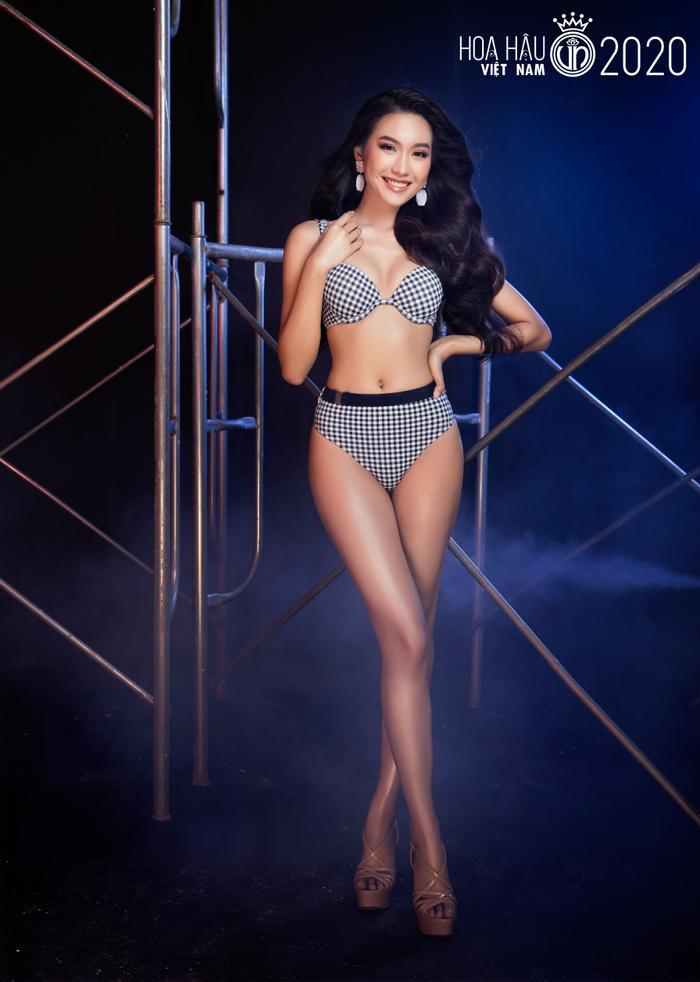 Top 60 Hoa hậu Việt Nam 2020 quyến rũ 'hút mắt' fan trong bộ ảnh bikini Ảnh 16
