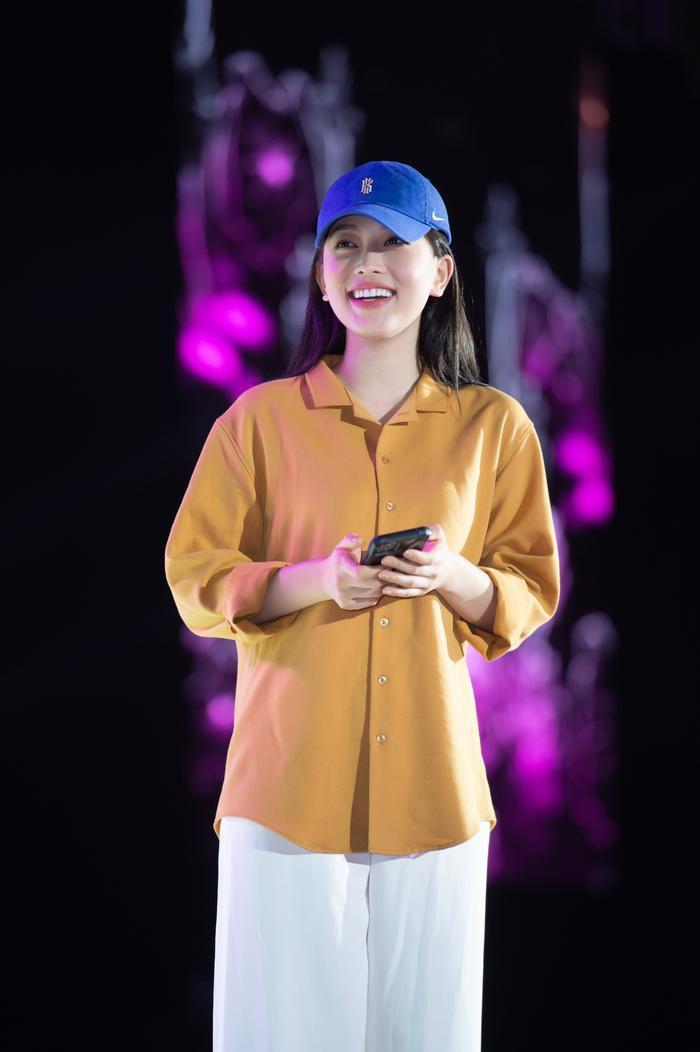 Dàn Hoa hậu Tiểu Vy, Thúy An, Phương Nga tỏa sáng khi để mặt mộc, nhìn sang Hiền Thục mới bất ngờ Ảnh 2