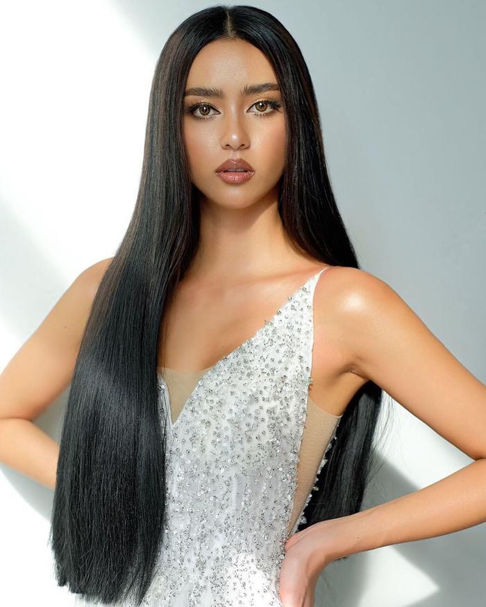 So nhan sắc, trình độ catwalk của Khánh Vân và Tân Hoa hậu Hoàn vũ Thái Lan: Ai hơn ai? Ảnh 14