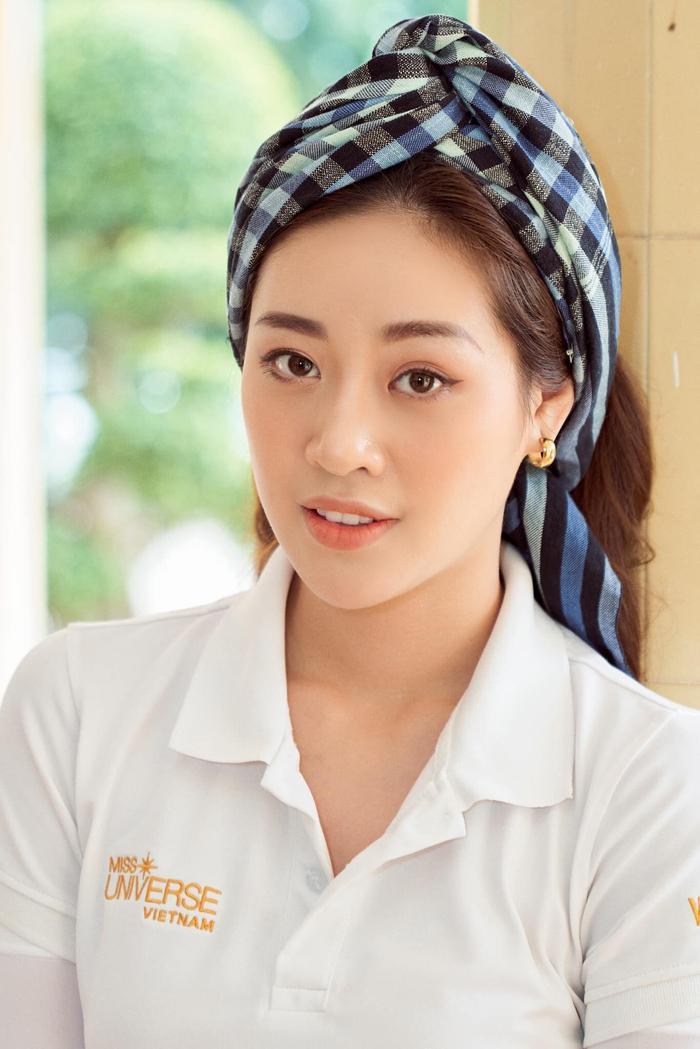 So nhan sắc, trình độ catwalk của Khánh Vân và Tân Hoa hậu Hoàn vũ Thái Lan: Ai hơn ai? Ảnh 33